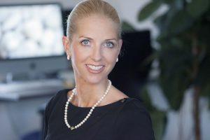 Susanne Erdmann Etikette Coach Etikette mit Stil Benehmen Umgangsformen Vorstand Knigge Gesellschaft Augsburg PC